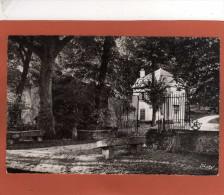 91  ORSAY - Entrée Du Château De LAUNAY  Cpsm Dentellée P F  Année 1962 - Orsay