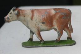 Ca4.a- VACHE VEAU Figurine Ancienne Animal Métal Alu Ferme - Cochons