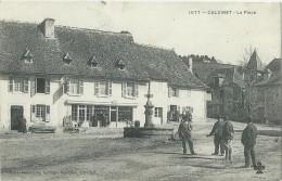 15 - CALVINET - La Place - Débit De Tabac - Hôtel-Café Sylvain - Autres Communes
