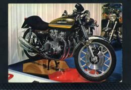 MOTO KAWASAKI  900 - Motociclismo
