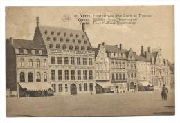 CPA YPRES - IEPER - YPEREN - Stadhuis - Hôtel De Ville - Rue Courte De Thourout  // - Ieper