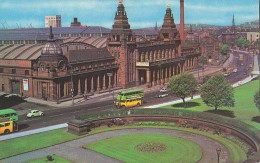 Glasgow - the Kelvin Hall - Bus