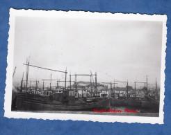 Photo ancienne - SAINT JEAN de LUZ - Le Port - Aout 1953