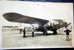 AVIATION AERONAUTIQUE  UN POTEZ AU DEPART AEROPORT DE BRON 69  AIR FRANCE - 1919-1938: Entre Guerres