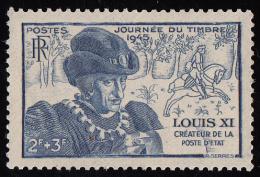 Timbre de France  1945,  neuf** MNH    �  Yvert  743  �    2 f. + 3 f.   Louis XI  ( 1423-1483 )