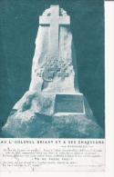 AU LIEUTENANT COLONEL DRIANT ET A SES CHASSEURS AU BOIS DES CAURES UN MENHIR 1922 - Monuments Aux Morts