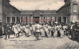 60 - COMPIEGNE -  Fête En L'honneur De  Jeanne D'Arc 1911-  Fifres Et Tambours - Dos Vierge - 2 Scans - Compiegne