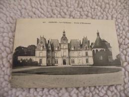 A261. CPA  60. OGNON. Le Chateau. Cour D'Honneur.  Beau Plan .  Non Ecrite - France