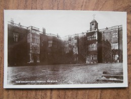 39422 POSTCARD: YORKSHIRE: The Courtyard Temple Newsam. - England