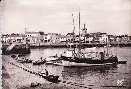 """Cpsm 85 Les Sables D'Olonne (vendée) Le Port Vers La Chaume Artaud """"gaby"""" 57 (bateau L.S 2739 2850..) - Sables D'Olonne"""