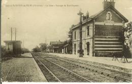 CPA SAINT-DENIS-DE-LA-PILE La Gare 11476 - France