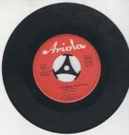 Bruce Low   : ...ein Zigeuner Ist Mein Herz   /  Leise Rauscht Es Am Mississippi - Ariola 45 276 - Disco, Pop