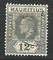 MAURICE   N� 139 OBL  TTB