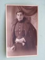 Soldat / Soldaat / Milicien ( Gala Uniform ) Identificier ( Photo ? Detail Zie Foto ) ! - Guerra, Militari