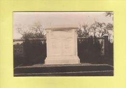 * CPA Photo..dépt 77..VERNEUIL -  L' ETANG  : Le Monument Aux Morts  :   Voir Les  2  Scans - Autres Communes