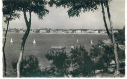 CPsm  64 Saint Jean De Luz Vue Sur La Plage Dos Oblitération & Timbres Urrugne 1955 - Saint Jean De Luz