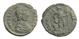 [H] +++ AE3 -- VALENTINIAN II. -- GLORIA ROMANORVM - Emperor With Captive +++ - 7. The Christian Empire (307 AD Tot 363 AD)