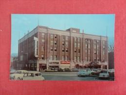 Iowa Newton  Hotel Maytag  ====    ====   ref 1726