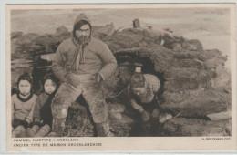 GROENLAND, Ancien Type De Maison Groenlandaise, Bien Animée, Carte Abimée Au Centre - Monde