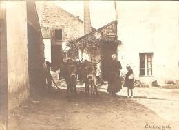 Superbe Photographie Ancienne De Guérande (44), Bretonne Au Couple De Boeufs, Photo De 1901, Attelage, Ferme - Orte