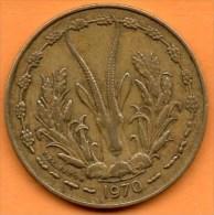 R/ WEST AFRICA / AFRIQUE OUEST 10 FRANCS 1970 - Monnaies