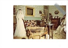 Creek District Museum - Cripple Creek Colorado - Intérieur De Salon Femme Thème Mode Robe De Mariée Lampe De Chevet - Etats-Unis