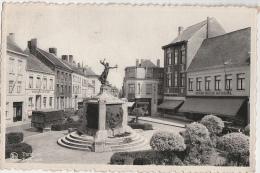 Cpa/pk Turnhout Zegeplaats Grand Bazar National - Turnhout
