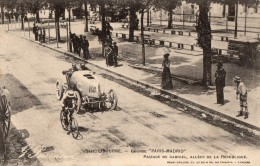 LIBOURNE     Course Paris Madrid   Passage De Gabriel  Allees De La Republique - Libourne
