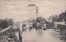BELL WEIR LOCK / STAINES - Surrey