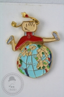Barcelona 1992 Paralympic Games - Petra Mascot Jumping Over The World - Athletics  - Pin Badge #PLS - Juegos Olímpicos