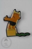 Barcelona 1992 Olympic Games - Cobi Mascot Swimming - Pin Badge #PLS - Juegos Olímpicos