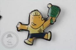Barcelona 1992 Olympic Games - Cobi Mascot Playing Table Tennis - Pin Badge #PLS - Juegos Olímpicos