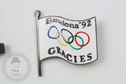 Barcelona 1992 Olympic Games - Gracies/ Thank You Flag  - Pin Badge #PLS - Juegos Olímpicos