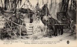 GUERRE 14-18 En Argonne  Constructions Savamment Agencées Par Nos Poilus - Guerra 1914-18