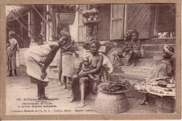 AFRIQUE OCCIDENTALE - 549 - MARCHANDES DE COLAS ET AUTRES DENREES INDIGENES - Collection Générale Fortier - Cartoline