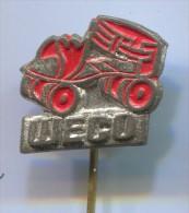 WECO - Skating, Roller Skates, Vintage Pin  Badge - Patinage Artistique