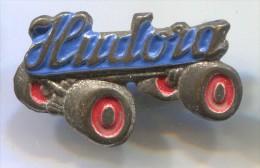 HUDORA - Skating, Roller Skates, Vintage Pin  Badge - Patinage Artistique