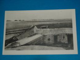 14) Saint-aubin-sur-mer - Vue Sur L'intérieur Du Blockhaus De La Plage   - Année  - EDIT - - Saint Aubin