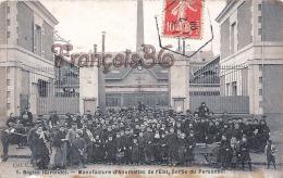 (33) Bègles - Manufacture D'Allumettes De L'Etat, Sortie Du Personnel - 2 SCANS - Otros Municipios