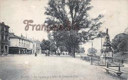 (33) Blaye - La Fontaine Et Le Cours De L'Hôtel De Ville - 2 SCANS - Blaye