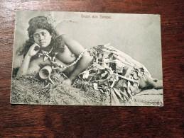 Carte Postale Ancienne : Gruss Aus SAMOA : BELLE Allongée Aux Seins Nus, NUDE , RARE - Samoa