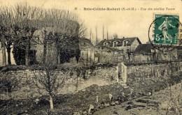 BRIE COMTE ROBERT  Une Des Vieilles Tours - Brie Comte Robert
