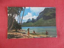 Tahiti  Paopao Bay Known As Cook's Bay At Moorea------- ----- --------ref 1730 - Tahiti