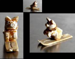 Ancienne Miniature Russe Comique En Os: Petit Cochon Faisant Du Ski / Old Russian Funny Miniature Featuring A Baby Pig - Art Populaire