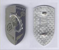 Insignes de la 672e Compagnie de R�paration de l'Aviation L�g�re de l'Arm�e de Terre