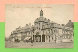 CPA  BELGIQUE  ~  SAINT-GHISLAIN  ~  Ancien Hôtel De Ville Et La Bibliothèque ( Boland )  Animée - Saint-Ghislain