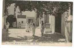CPA TUNISIE TUNIS SORTIE DE L´HOPITAL SADIKI - Tunisie