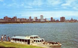 03927 - Motorschiff SHORELINE Vor Der Skyline Von Chicago - Altri