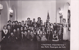 PHOTOS DU GROUPE PASTRES POSTRETOS DES PETITS ROUERGATS DE PARIS.  DIM 140 X 90 - Lugares