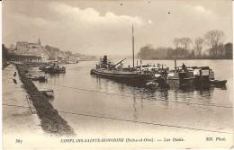 CPA - CONFLANS SAINTE HONORINE -  Les Quais - Conflans Saint Honorine